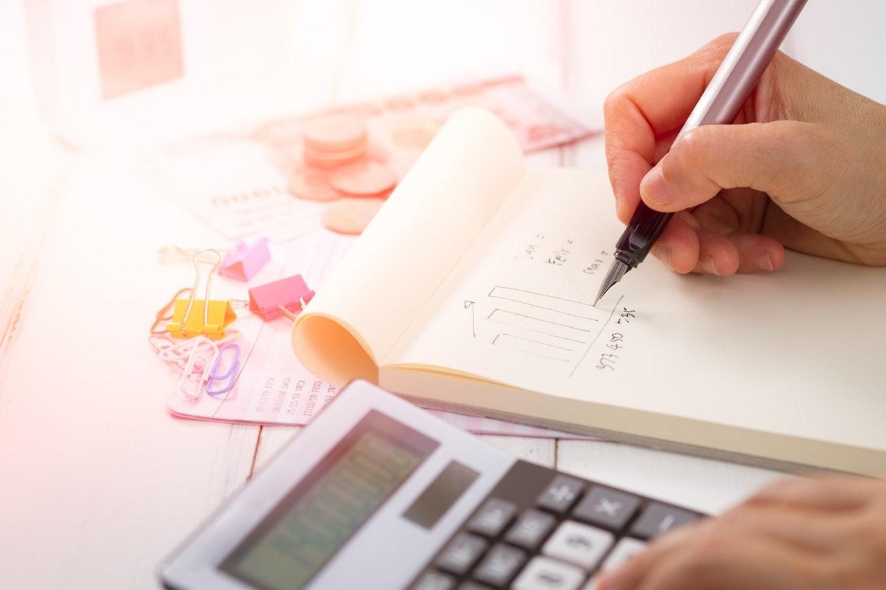 cálculo de sueldos y retenciones